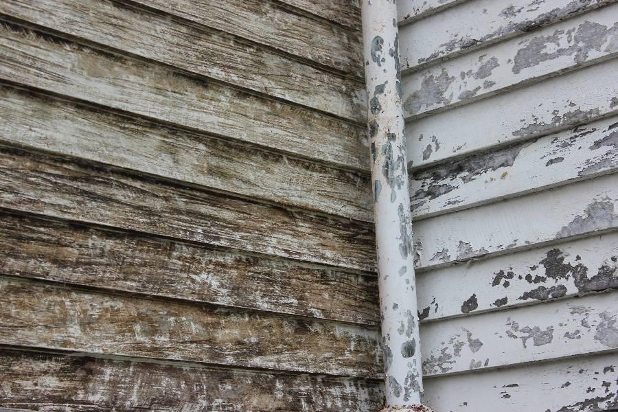 Distressed Wood Painting